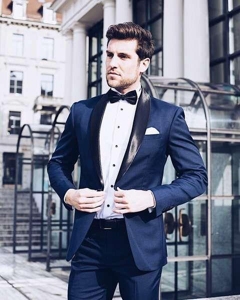 großartige Qualität vollständige Palette von Spezifikationen Verkauf Einzelhändler Anzug-Trends für den Bräutigam und seine Gäste   Bräutigam ...