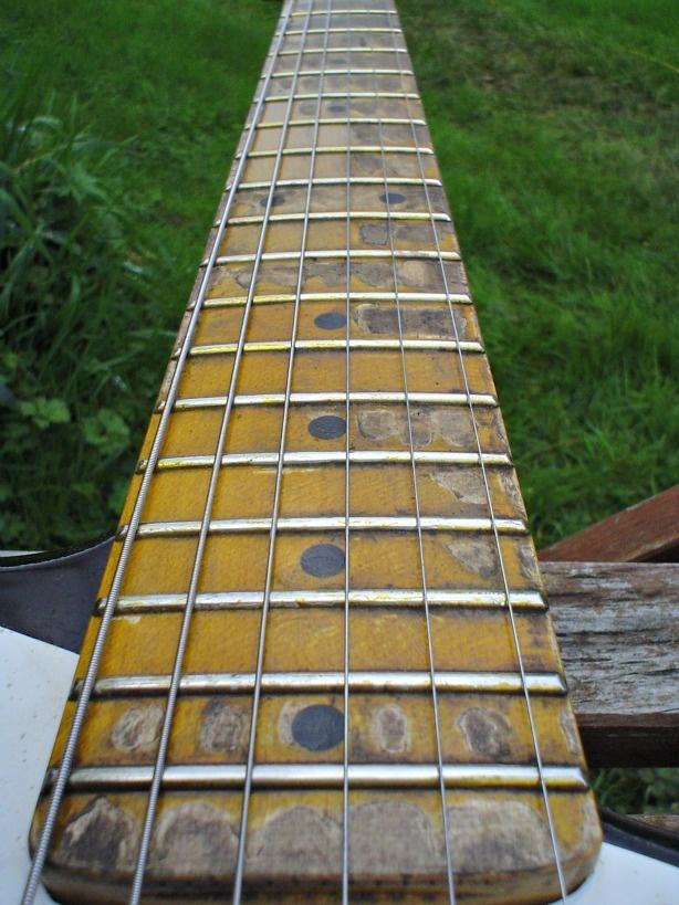 holland guitars shop vintage style relic guitars made in the uk guitars. Black Bedroom Furniture Sets. Home Design Ideas