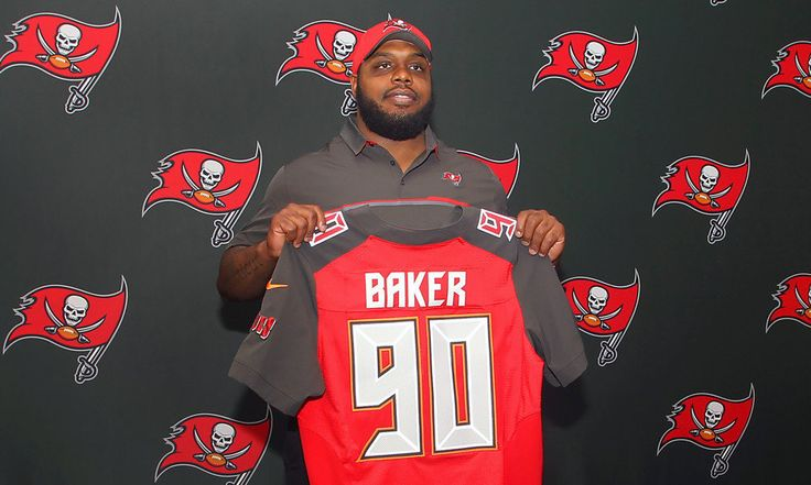 "Underrated DT Chris Baker just the right size and fit for Buccaneers = TAMPA — At 6-foot and 160 pounds, 11-year-old Chris Baker wasn't just big for his age, he was literally too big for football. He was at least in Windsor, Connecticut, where the weight limit at the time for would-be football players Baker's age was 130 pounds. Now nearly 20 years later, the kid who briefly abandoned football for basketball and became known on the court as ""Baby Shaq'' has….."