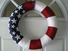 One Crafty Mama: American Flag Yarn Wreath