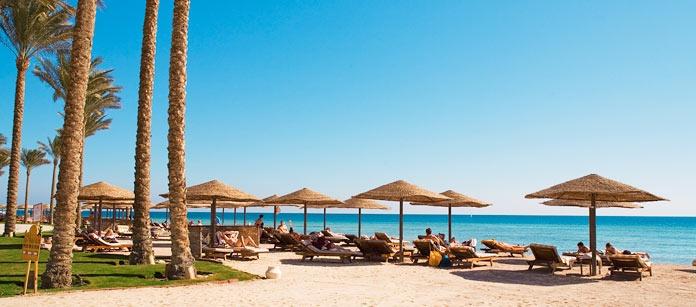 Ca 30 kilometer söder om Hurghada ligger Makadi Bay (Hurghada-området). Perfekt för sig som reser med barn. En lugn och trevlig semesterort med badsemester nära havet.