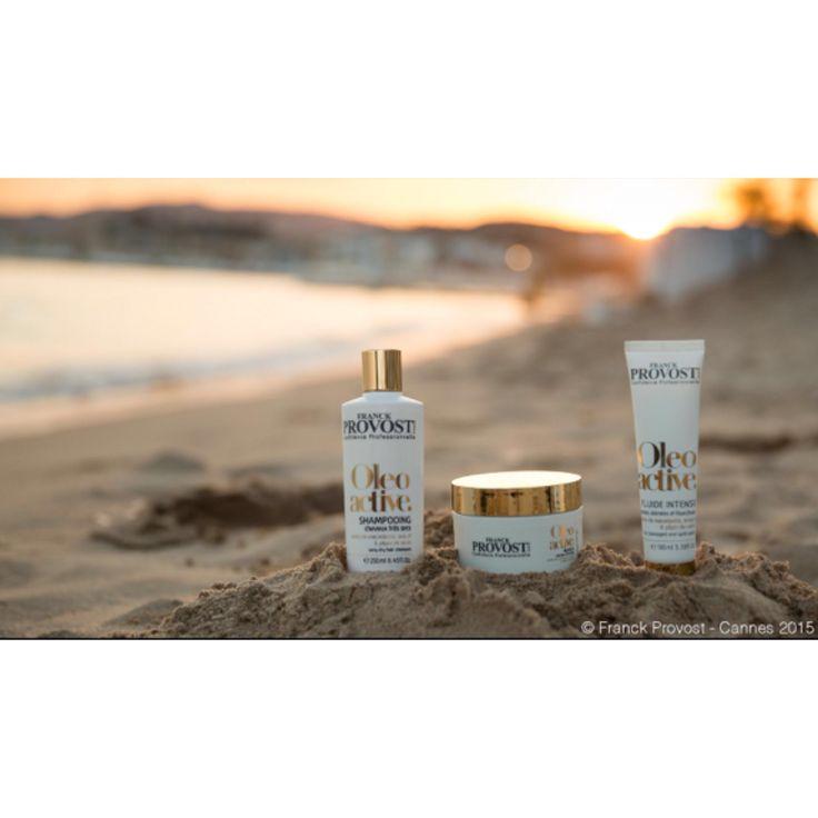Le soleil se couche sur la Croisette et éclaire Cannes de sa douce lumière dorée !  Ici notre nouvelle gamme Oleo active, à découvrir très vite en Salons #franckprovost. #cannes #cannes2015 #cannesforever #CannesFilmFestival #backstage #croisette #hairproduct #confidenceprofessionnelle #oleoactive Photo : @marwanmario