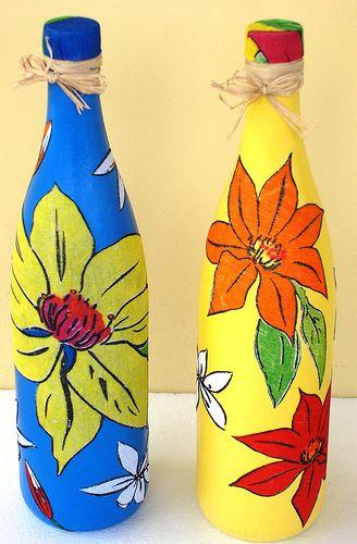 Garrafas feita com chita - Bottles made of Chita, a colorful common cotton Brazilian fabric.