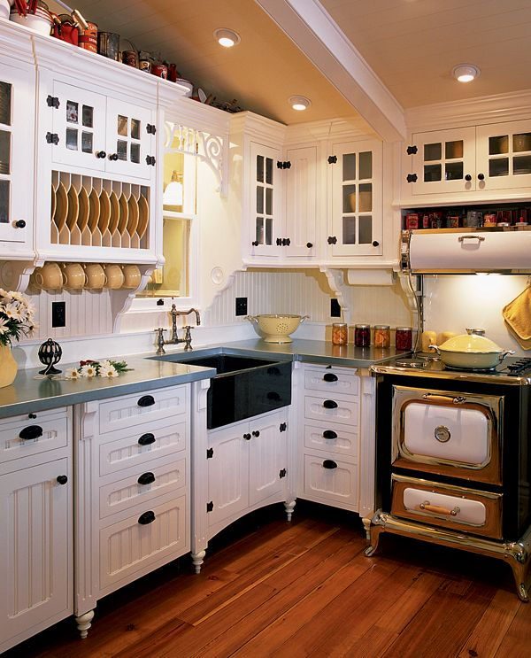 Old Country Kitchen Cabinets: 17 Best Ideas About Small Country Kitchens On Pinterest
