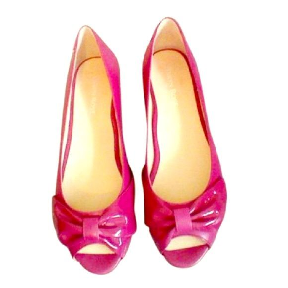 Taryn Rose Magenta Flats Size: 8.5M BRAND NEW! Brand new, never worn flats by Taryn Rose.  These are an essential summertime flat.  Gorgeous pink in 8.5M.  No trades at this time.  Please feel free to ask any questions.  Thanks for looking! Taryn Rose Shoes Flats & Loafers
