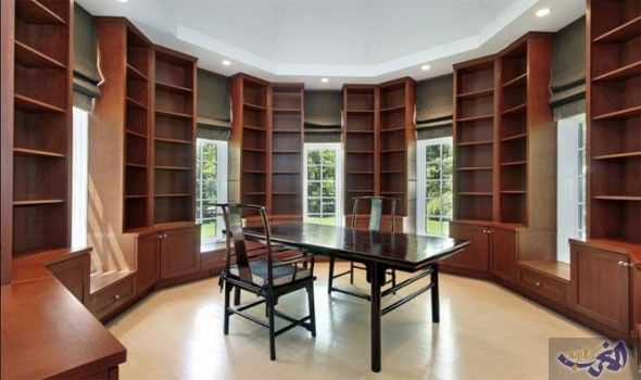 تجنبي هذه الأخطاء عند تصميم المكتبة المنزلية العصرية Wood Shelves Bedroom Diy Wood Shelves Modern Shelving
