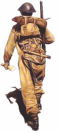 Soldat, 4ème division d'infanterie, 1944 L'homme de cette illustration est vêtu de l'uniforme type du soldat britannique lors de la campagne d'Italie. Sur le dos, il porte son harnais équipé M1937, où il a glissé sa tenue de combat sous le rabat supérieur. Son casque Mk1 est muni d'un filet de camouflage sur lequel on ajoutait souvent des bandes vertes et noire en toile de jute. Parmi le matériel d'ordonnance inclus dans le harnais modèle 1937, citons une pioche qui servait également de…