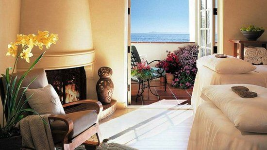 Four Seasons Santa Barbara - Best Beach Hotels