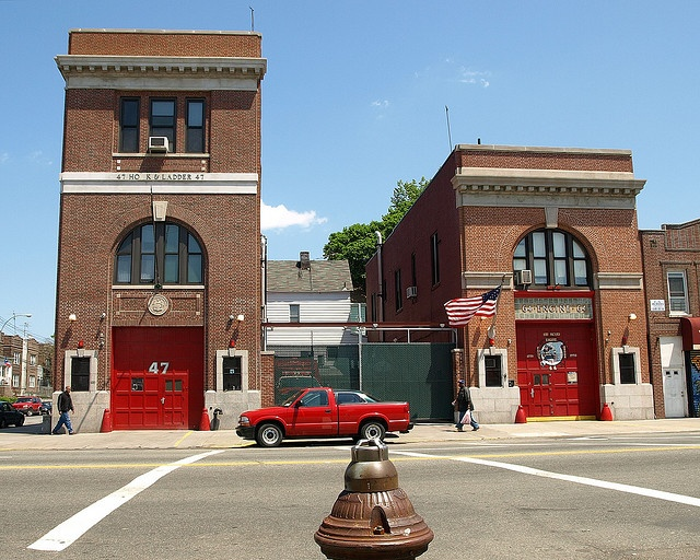 E064 FDNY Firehouses Engine 64 & Ladder 47, Castle Hill, Bronx, New York City by jag9889, via Flickr shared by NY Firestore