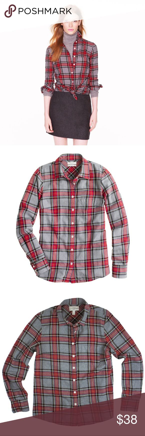 """JCREW Button Down Boy Shirt in Gray Tartan Plaid Absolutely excellent condition! This boy Shirt in gray tartan Plaid from JCREW features button closures. Made of 100% cotton. Measures: bust: 36"""", total length: 24"""", sleeves: 23"""" J. Crew Tops Button Down Shirts"""
