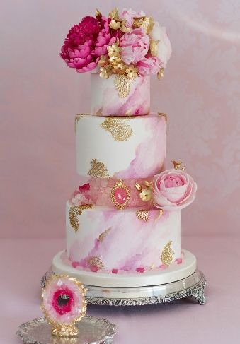 Geoda wedding cake by Patricia Arribálzaga