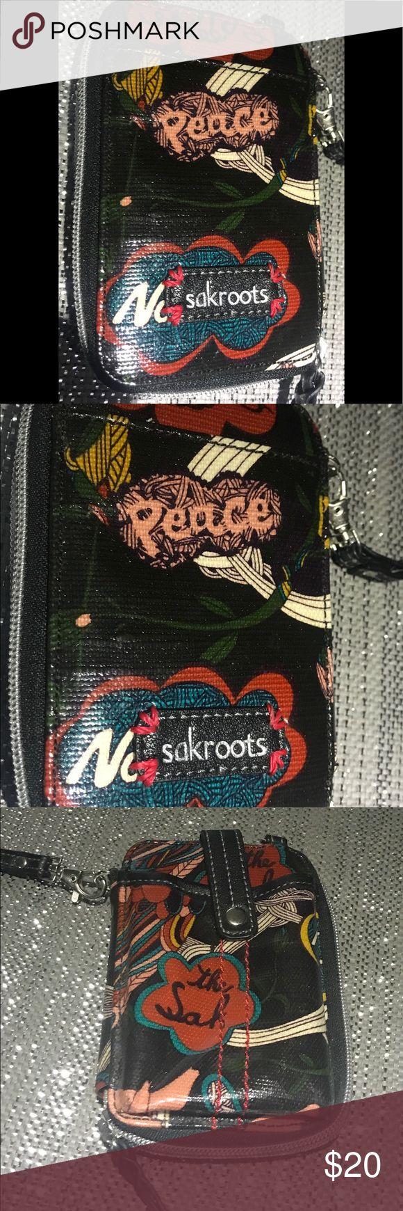 SAK ROOTS phone case wallet Like new SAK ROOTS Bags Wallets
