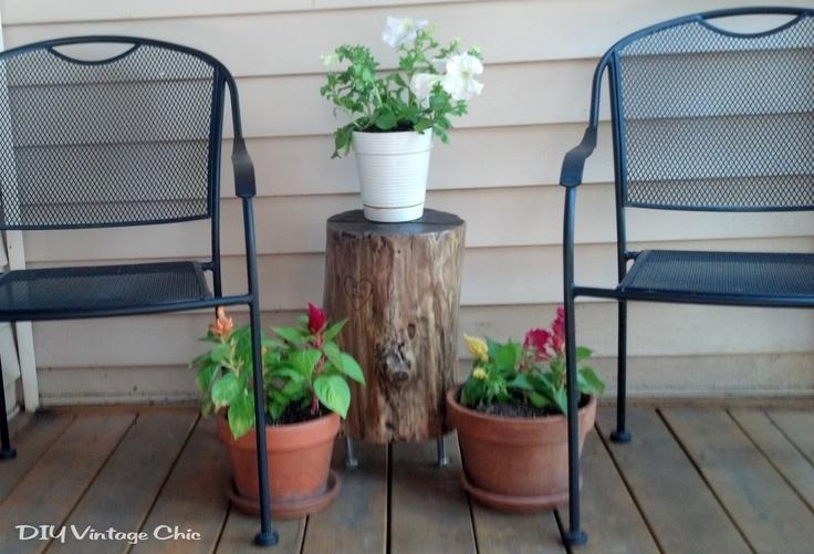 Diy vintage chic stump side table diy pinterest for Diy wood stump side table