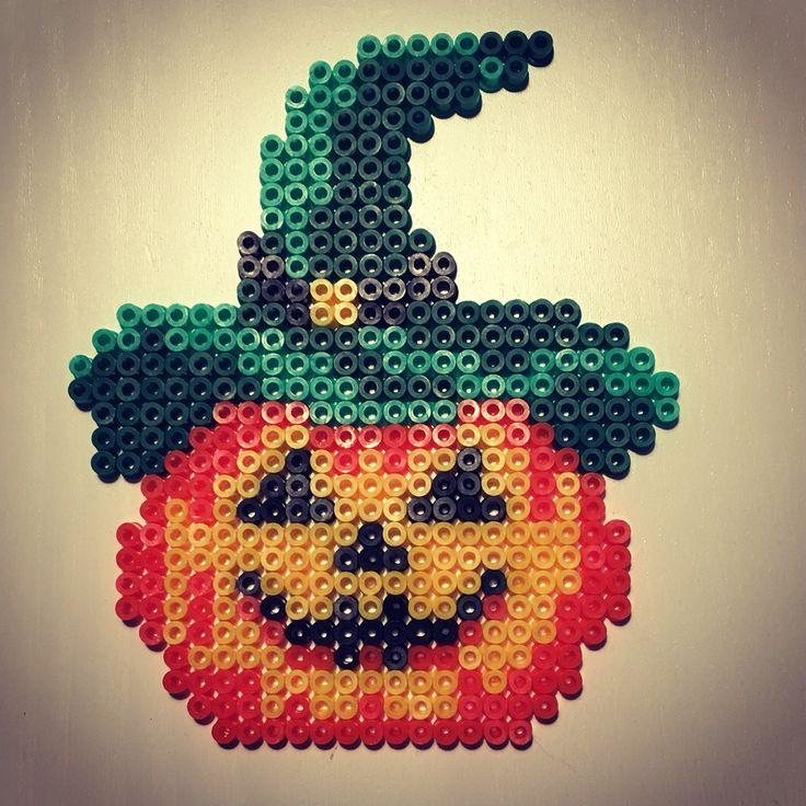 A Halloweenpumpkin :-) #hama #hamaperler #hamabeads #perlerbeads #perler #pumpkin #halloween #diy