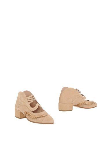 PAULA CADEMARTORI Ankle boot. #paulacademartori #shoes #ankle boot