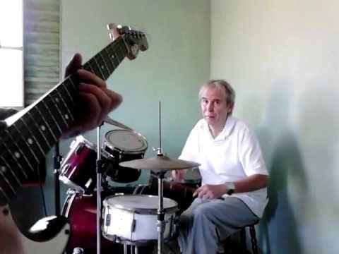 Aluno Julio Bateria Jazz Bossa sala de aula