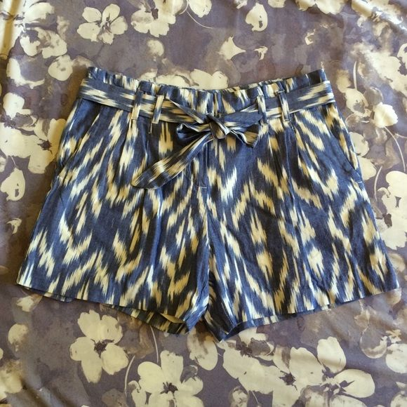 Tommy Hilfiger Blue and White Shorts NWOT Super cute T.H. Shorts with belt included. 100% cotton and never worn. Too small for me unfortunately. Tommy Hilfiger Shorts