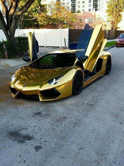 Lamborghini Aventador!!!
