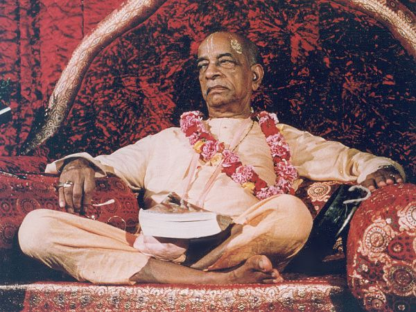 PRABHUPADA: RASCALS ARE CONCERNED WITH GRAMMAR. ACTUAL WORKERS ARE CONCERNED WITHTHOUGHTS.