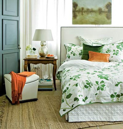 Trying On A Trend: Green and Orange Rooms