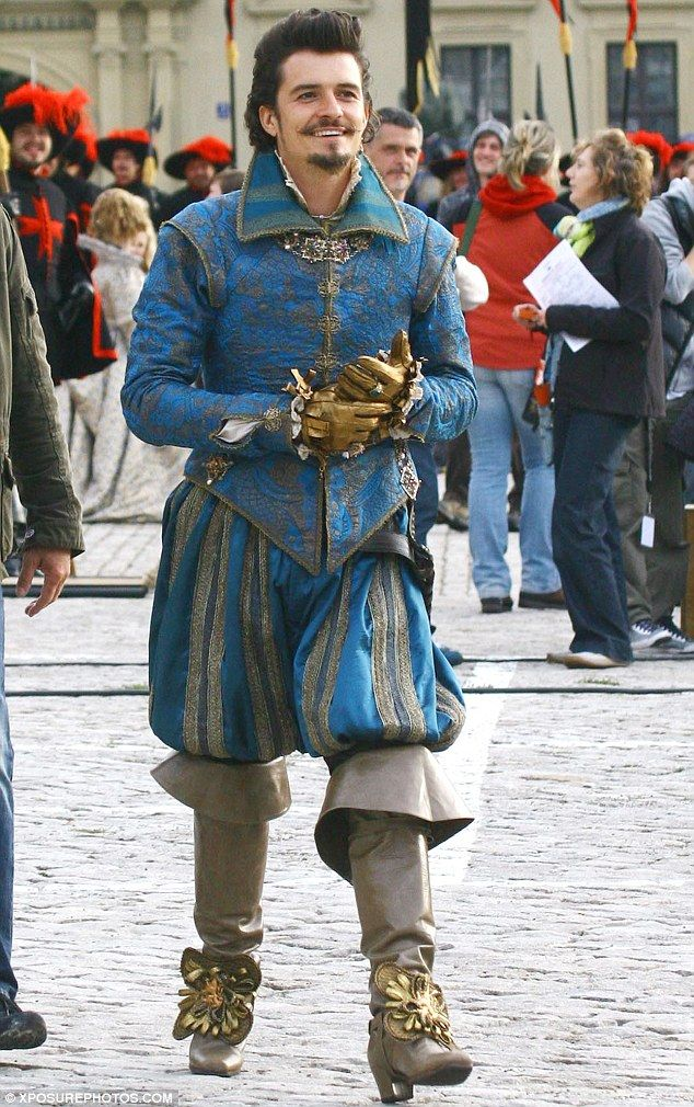 Orlando Bloom in costume as the Duke of Buckingham in 'The Three Musketeers'.