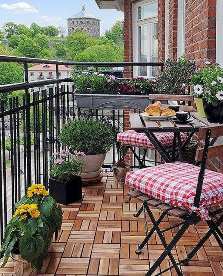 Cool 80 Cozy Apartment Balcony Decorating Ideas https://insidecorate.com/80-cozy-apartment-balcony-decorating-ideas/