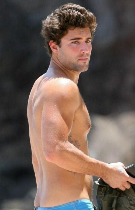 Well hellooooo, Brody Jenner!  I do love me a little Brody!!! I miss the hills!!