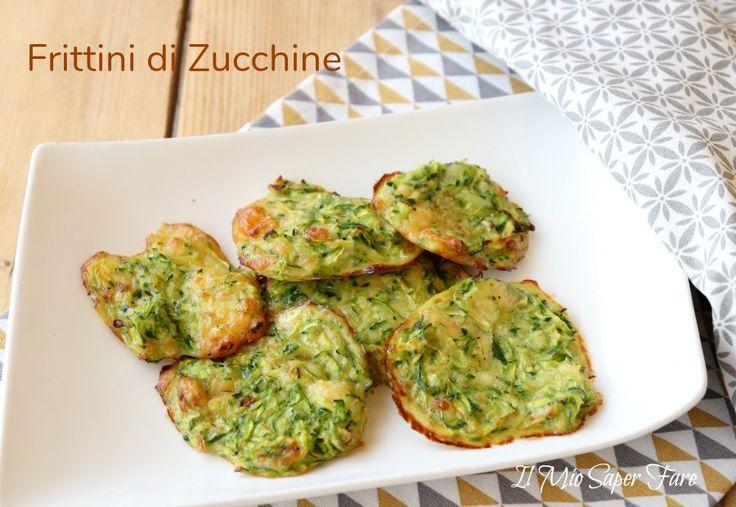 Frittini di zucchine al formaggio filanti, gustosi per antipasti e secondi sfiziosi.Deliziose frittelle di zucchine morbide con brie cotte in forno o fritte