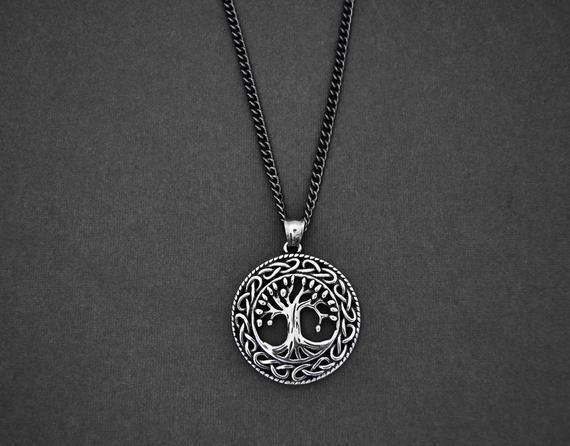 Men S Necklace Large Tree Of Life Pendant With Black Curb Chain Necklace For Men Gunmetal Curb Chain Men S J Men S Necklace Chains For Men Black Curb Chain