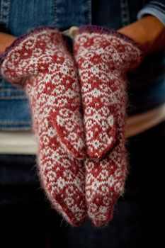 These are the most beautiful mittens ever!! Wish I could knit. This is a page advertising knitting patterns for mittens.