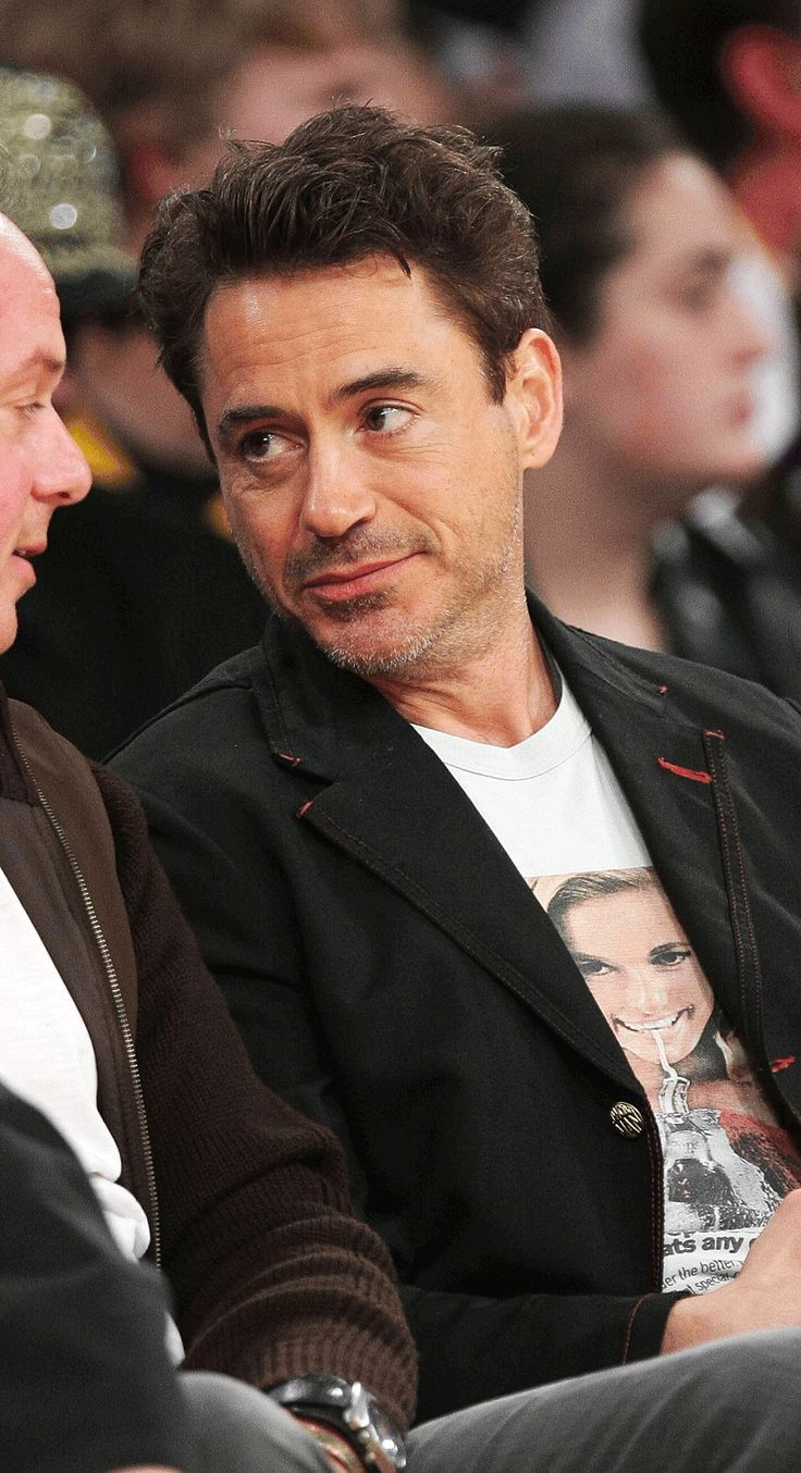 downey chat Robert downey jr over the years jamie foxx and robert downey jr chat inside the 2010 vanity fair oscar party hosted by graydon carter at the sunset tower hotel.