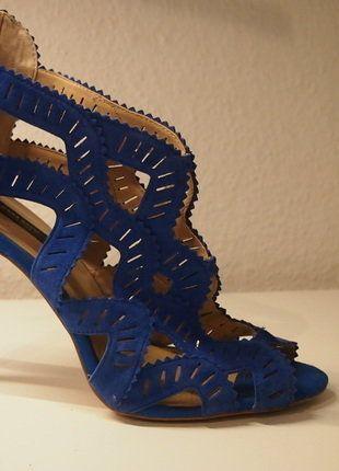 Kaufe meinen Artikel bei #Kleiderkreisel http://www.kleiderkreisel.de/damenschuhe/hohe-schuhe/141033412-ungewohnliche-blaue-high-heels-von-zara