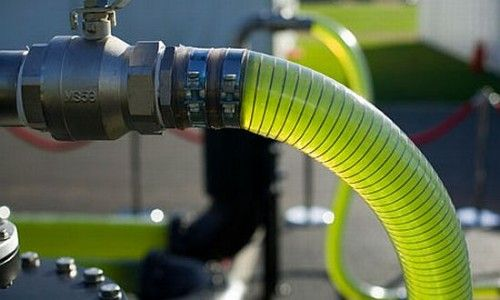*Turn Algae into Usable Fuel in Less than an Hour*  Even giants like Unilever, which make unhealthy household items, have looked to algae as a replacement for palm oil in many of its products since palm oil production is destroying our bio-diverse rain forests. But perhaps the latest and most promising news about algae, though, is that it could replace petroleum fuels.