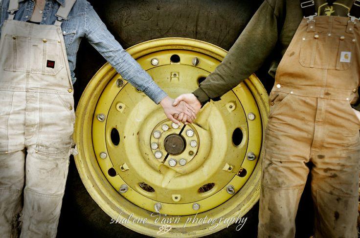 Shalene Dawn Photography | Edmonton Wedding Photographer Simply Elegant Wedding Photography | Country Engagement Session