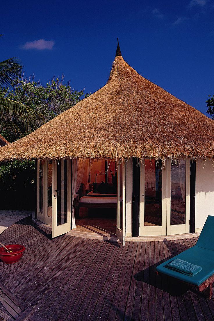 Spacious accommodation at Banyan Tree Vabbinfar in the Maldives