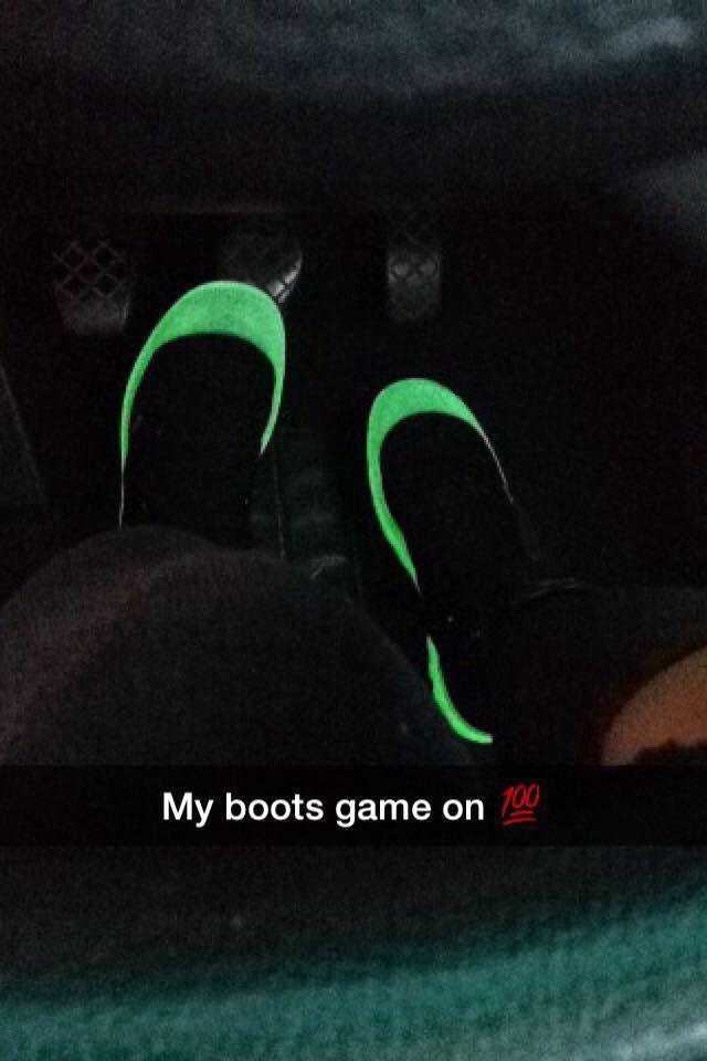 I rocked these sexy Palladium glow in the dark sole boots; my fab sister @nomfundosibiya bought me for my birthday #SisterlyLove #PalladiumBoots #PalladiumBootsSA #Street