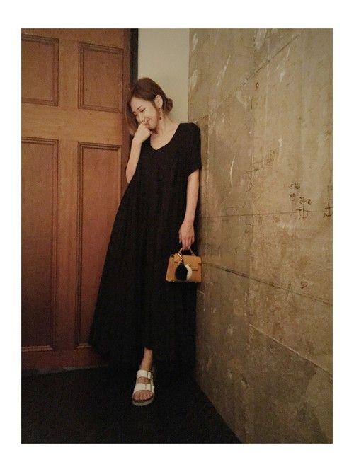 紗栄子さんのドレス「LIMI feu 」を使ったコーディネート