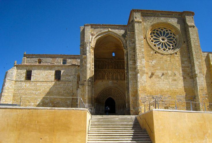 La Orden de Malta abre albergue en Villalcázar de Sirga