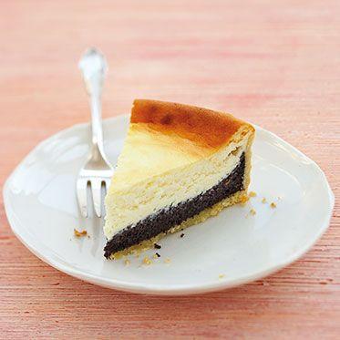 Mohn-Käse-Kuchen für eine 20er Form. Masse lässt sich auch durch fertiges Mohn-Back ersetzen.
