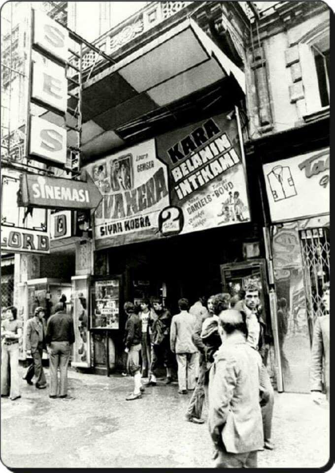Istiklal Caddesi/ Ses Sinemasi, 1970 ler.