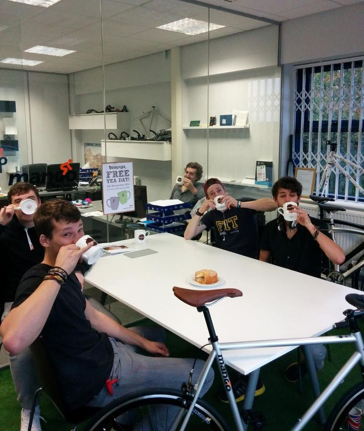 The guys at Mango Bikes enjoying their #teapigsfreeteaday goodies!