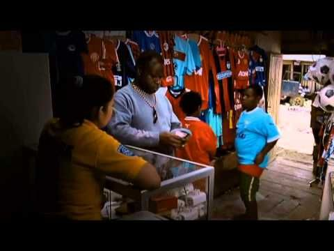 Di Timur Matahari (Full Movie - Anak-anak Papua dan Kehidupannya) Sebuah film yang menunjukkan kehidupan di Papua disutradarai oleh Ari Sihasale. Sinopsis [http://ift.tt/2tLcaA7] Pagi itu seperti pagi hari biasanya. Matahari terbit di timur menyinari pulau ini. Papua pulau paling timur dari Indonesia dimana cahaya matahari selalu meneranginya terlebih dahulu. Namun tidak bagi Mazmur Thomas dan teman-temannya. Pagi itu mereka masih menunggu kedatangan cahaya itu cahaya yang akan menerangi…