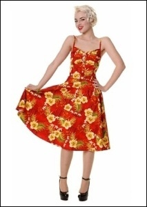 Love the color and flower prints ! perfect for girls who don't dare to wear the hula costume.Very elegent.