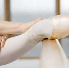 Some ballet exercises to reshape your body with a ballet bar - looked this up after seeing fluidity infomercial