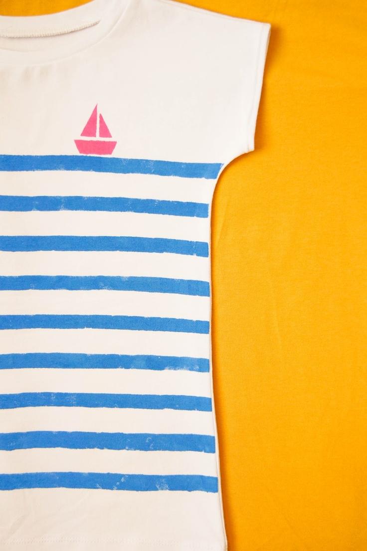 gestreept t-shirt met zeilbootje (textielverf)