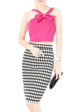 Hello Bow! Crop Top - Pink http://whitesoot.com/an-oriental-charm.html