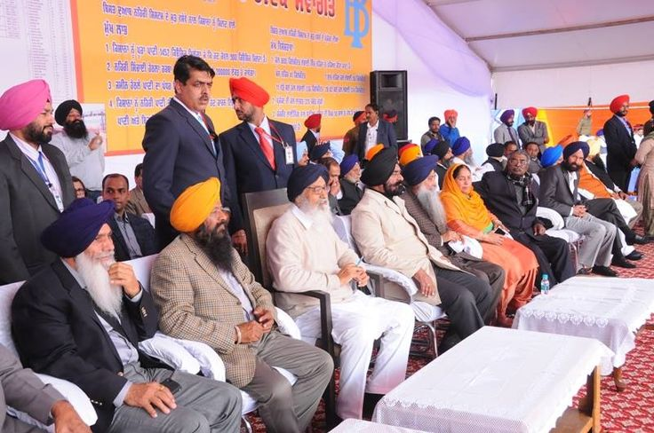 CM S. Parkash Singh Badal inaugurated renovation work of Bist Canal. The renovation is done at a cost of Rs 320 crore. The work of two major arteries of irrigation Bist Doab and Kandi Canal will be completed by mid of this year thus providing a robust canal irrigation network to the farmers of Doaba region. #inaugurated #renovation #bistcanal #doab #farmers #punjab #development #akalidal