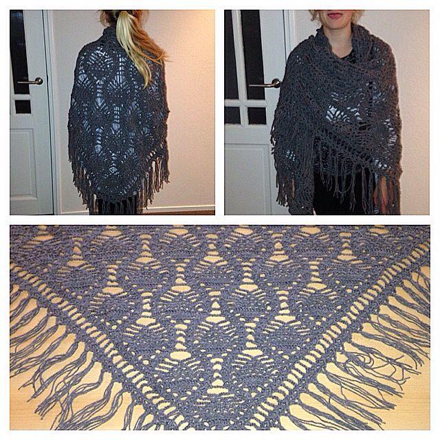 Ananas omslagdoek gemaakt voor Lianne en mezelf :-)