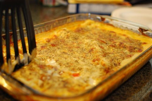 Gordon Ramsay's Classic Lasagna al Forno Recipe  2 tbsp olive oil. ½ large onion, peeled . 1 large carrot, peeled. 2 cloves garlic, peeled. 2 pinches dried oregano. 300g minced beef.1 tbsp tomato pureé. 1 tbsp Worcestershire sauce. 1 bay leaf. 30ml (2 tbsp) red wine. 1 x 400g tin chopped tomatoes. 50ml milk. Salt and freshly ground black pepper. For the sauce 25g butter. 25g flour. 300ml milk. Pinch of ground nutmeg. 60g cheddar cheese, grated. 30g parmesan cheese, grated. 6 sheet...