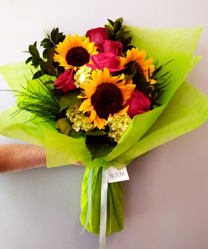 This Beautiful Bouquet Is Carefully Styled And Wrapped Sunflowers Roses And Hydrangea With An Assortment Of Fo Flower Delivery Beautiful Bouquet Rose Bouquet